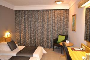 Park Hotel and Apartments, Hotely  Sliema - big - 34