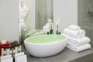 Mamaison All-Suites Spa Hotel Pokrovka, Hotely  Moskva - big - 99