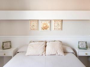 La Goleta, Hotely - Llança