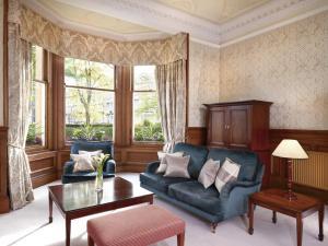 The Edinburgh Residence (19 of 77)