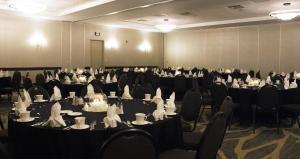 Embassy Suites by Hilton Milwaukee Brookfield, Hotels  Brookfield - big - 51
