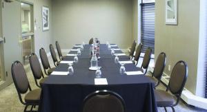 Embassy Suites by Hilton Milwaukee Brookfield, Hotels  Brookfield - big - 54