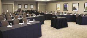Embassy Suites by Hilton Milwaukee Brookfield, Hotely  Brookfield - big - 28