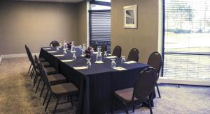 Embassy Suites by Hilton Milwaukee Brookfield, Hotely  Brookfield - big - 24