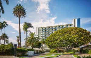 Fairmont Miramar Hotel & Bungalows - Los Angeles