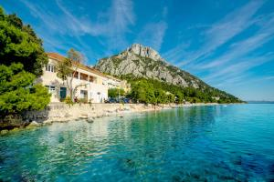4 star cottage Holiday Home Labineca Gradac Croatia