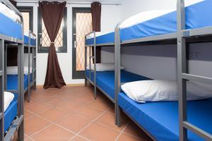GalaxyStar Hostel Barcelona, Хостелы  Барселона - big - 30