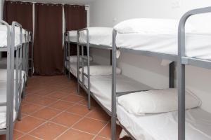 GalaxyStar Hostel Barcelona, Хостелы  Барселона - big - 23