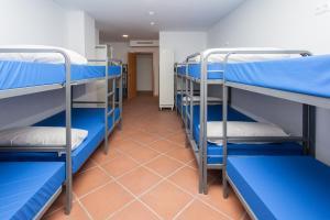 GalaxyStar Hostel Barcelona, Хостелы  Барселона - big - 36