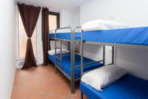 GalaxyStar Hostel Barcelona, Хостелы  Барселона - big - 17