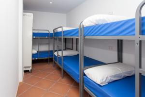 GalaxyStar Hostel Barcelona, Хостелы  Барселона - big - 2