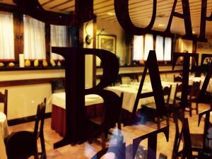 Batzarki, Hotels  Avellaneda - big - 41