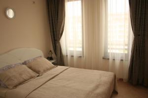 Sunny Beach Rent Apartments - Royal Sun, Ferienwohnungen  Sonnenstrand - big - 12