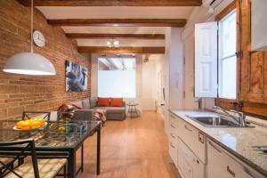 Happy People Ramblas Harbour Apartments - Barcellona