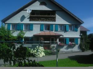 Haus Niederacher Georg und Martha
