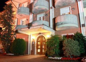 Accommodation in Paitone