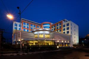 Cavinton Hotel Yogyakarta by Tritama Hospitality - Ngabean