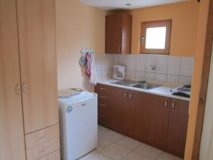 Pension/Appartement Lale, Apartmanok  Pestani - big - 26