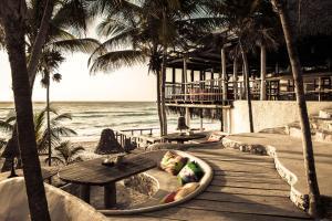 Papaya Playa Project (40 of 76)