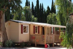 Location gîte, chambres d'hotes Camping La Brulade dans le département Var 83
