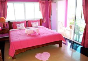 Sairougn Seaview Hotel - Tab Kaek Beach