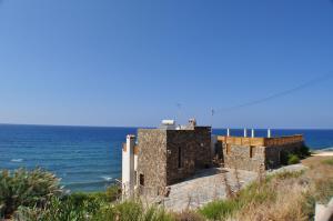 Beach Villa Pantheon, Vily  Pomos - big - 80