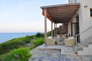 Beach Villa Pantheon, Vily  Pomos - big - 84