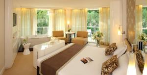Amfora Hvar Grand Beach Resort, Отели  Хвар - big - 61