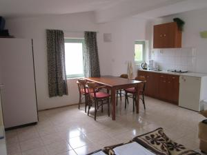 Pension/Appartement Lale, Apartmanok  Pestani - big - 21