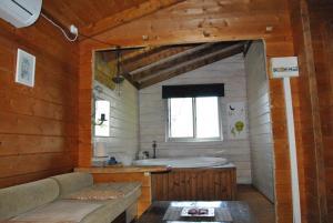 wooden Edge Of The Village, Lodges  Ma'ale Gamla - big - 54