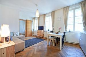 Apartments Hollareum, Apartmány  Praha - big - 96