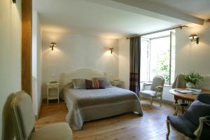 Location gîte, chambres d'hotes hotel Saluces dans le département Cantal 15