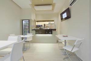 Hotel Agrigento Home, Aparthotels  Agrigent - big - 70