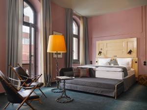 25hours Hotel Altes Hafenamt (1 of 44)