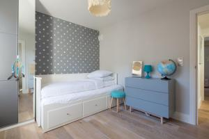 onefinestay - South Kensington private homes III, Апартаменты  Лондон - big - 10
