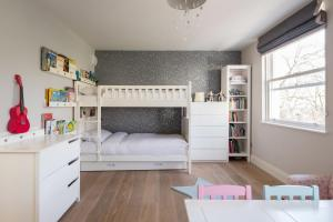 onefinestay - South Kensington private homes III, Апартаменты  Лондон - big - 9