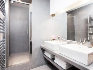 Luxury 3 Bedroom Le Marais, Apartments  Paris - big - 9
