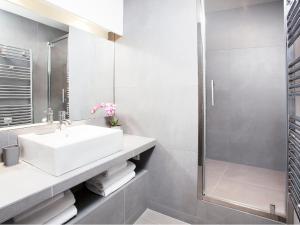 Luxury 3 Bedroom Le Marais, Apartments  Paris - big - 22