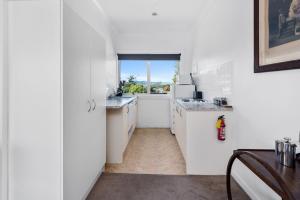 Lakeside City Apartments - Penthouse and Studio, Apartments  Rotorua - big - 58