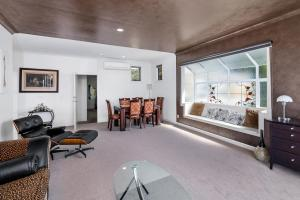 Lakeside City Apartments - Penthouse and Studio, Apartmanok  Rotorua - big - 22