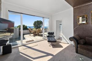 Lakeside City Apartments - Penthouse and Studio, Apartments  Rotorua - big - 54