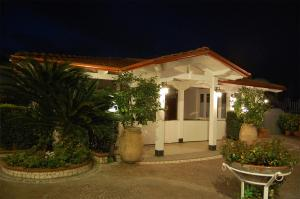 Hotel Ristorante Donato, Hotel  Calvizzano - big - 79
