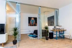 Laksa Loft and Studio Apartments