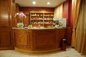 Hotel Ristorante Donato, Hotely  Calvizzano - big - 71
