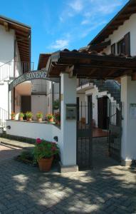 Hotel Sonenga, Отели  Менаджо - big - 14