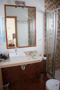 Double or Twin Room with Sea View Hostal Rincon de Diego