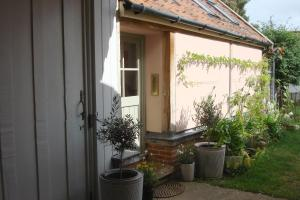 Tinsmith's House (2 of 19)