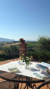 Agriturismo Il Pallocco, Farm stays  Montecastrilli - big - 82