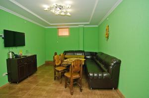 Sport Hotel, Hotel  Volzhskiy - big - 107
