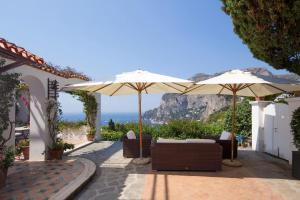 Villa Hibiscus, Villas  Capri - big - 22